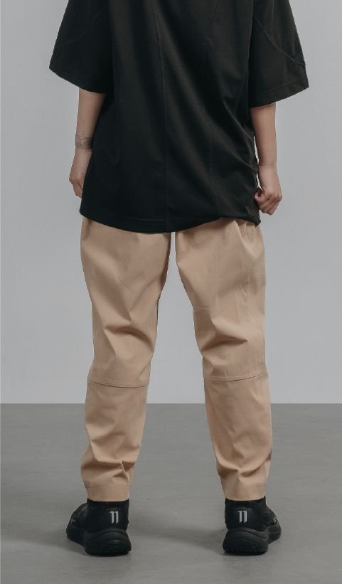 P0048 – Curved lines pants