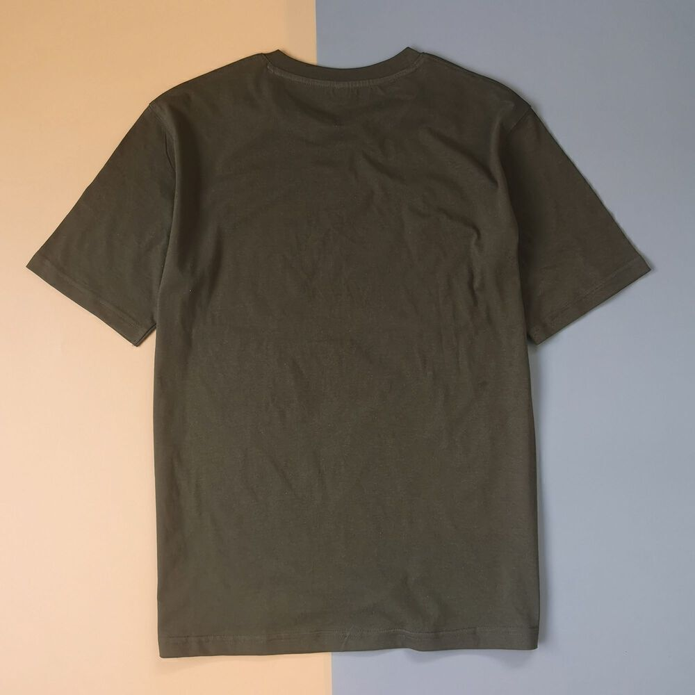 Áo thun unisex cotton 100%  in chữ Not an introvert, just socially selective (màu olive)