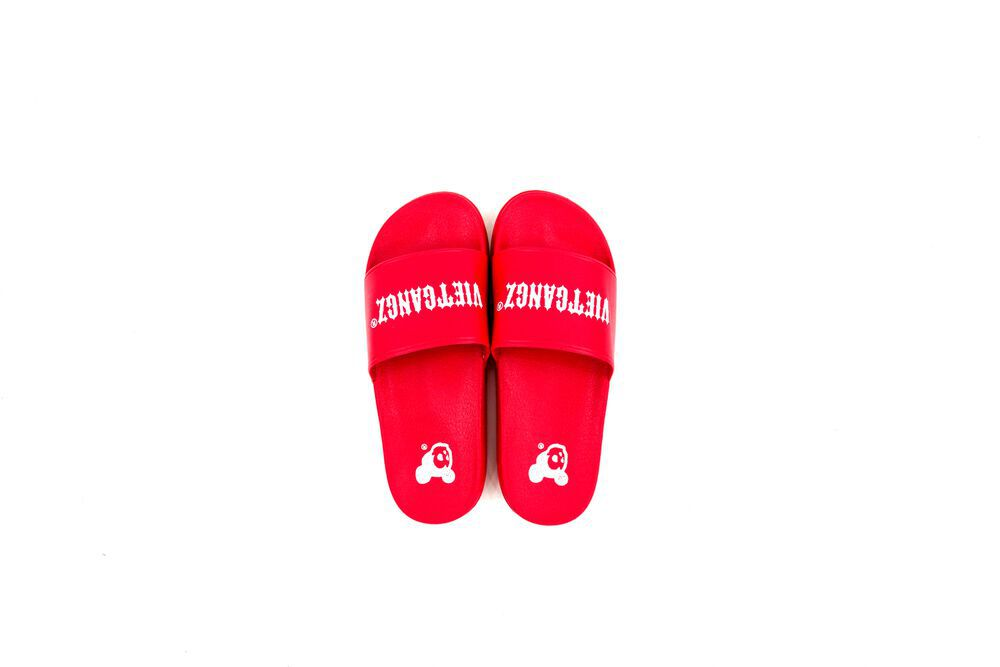 VG Text Slippers Blood