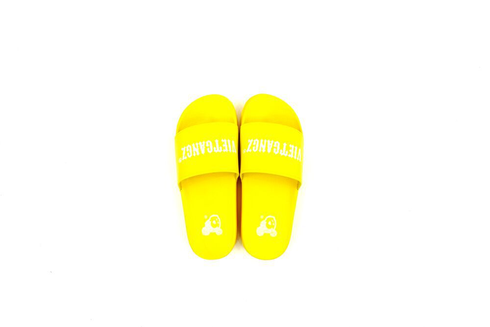 VG Text Slippers Yellow